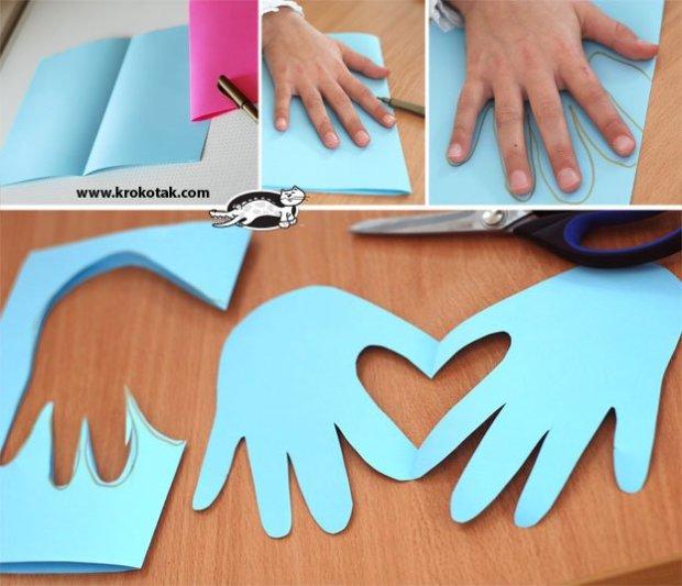 valentine diy 13 Hand & Heart Card.jpg