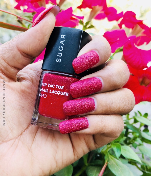 SUGAR Tip Tac Toe Nail Lacquer 60 Cherry Christmas Swatch
